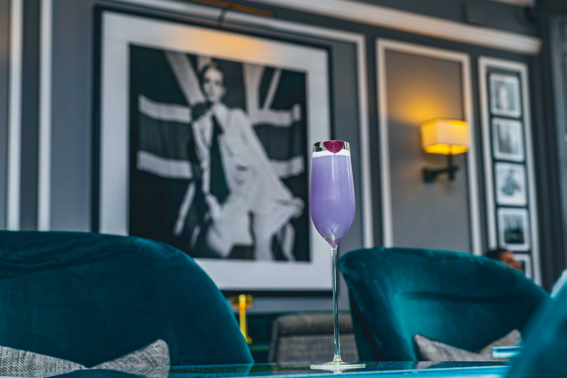 The Twiggy cocktail in Mayfair's Donovan Bar